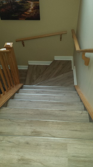 Stairs Down in Vinyl Plank
